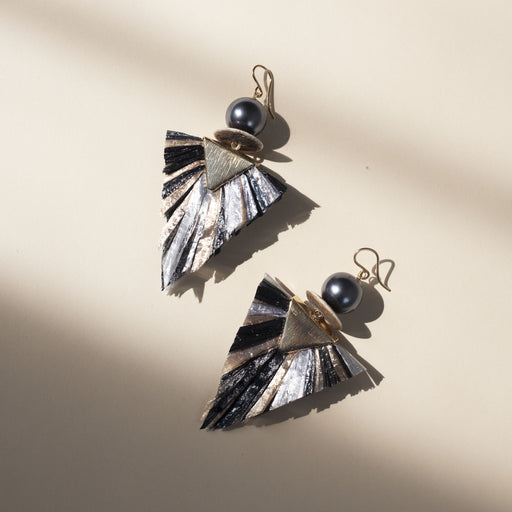 Cindy Borders Jewelry - Raffia Earrings