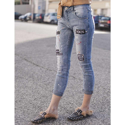 "JEANS SKINNY FIT CON PATCH ""1989"""