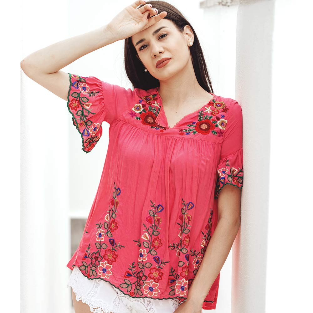 Blusa in viscosa ricamata