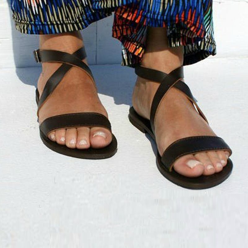 Flat With Open Toe Buckle Vintage Beach Sandals