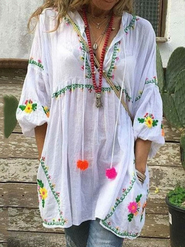 Embroidery Lantern Sleeve V-Neck Mid-Length Three-Quarter Sleeve Blouse