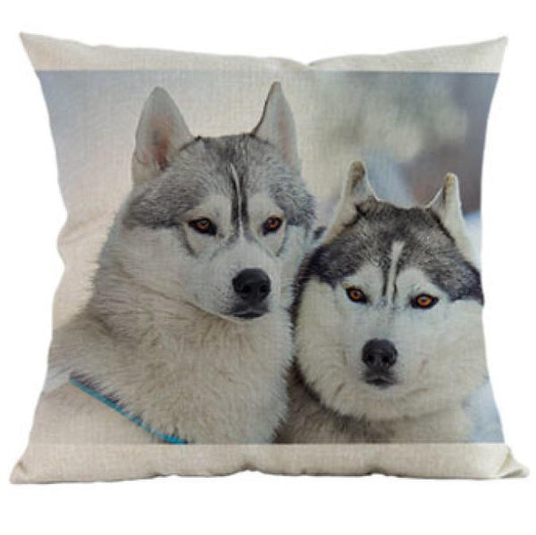 Decorative Alaskan Malamute Couch Throw Pillow