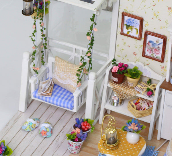 Homemade DIY Dollhouse Kit to Build Wooden Miniature Furniture House Craft - Kitten Life