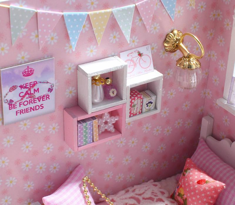 Dollhouse Furniture & Home DIY Kit - Princess Room - Way Up Gifts