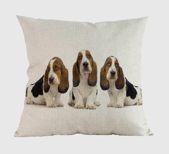 Basset Hound Pillow U / 14x14