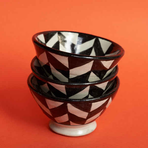 Black and White Bowls - A BAG FULL OF KIM - Kim Sion