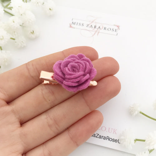 Design your own bespoke tiny wool rose clip (single, 54 colour choices)