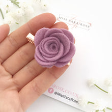 Design your own bespoke wool rose clip (single, 54 colour choices)