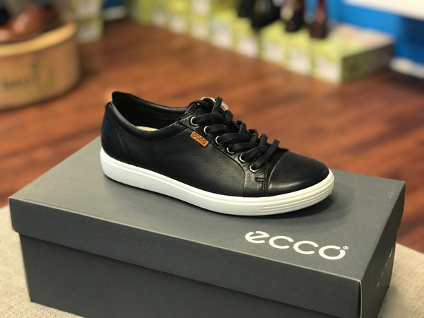 c3ca9ced7b ECCO womens Soft 7 Sneaker (Black Droid)