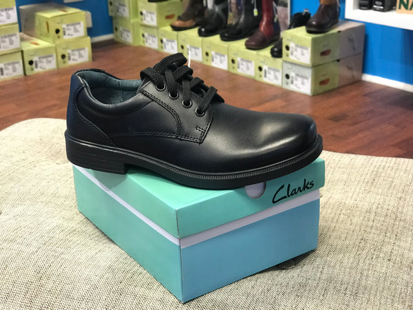 Clarks Stanford Youth (Black)
