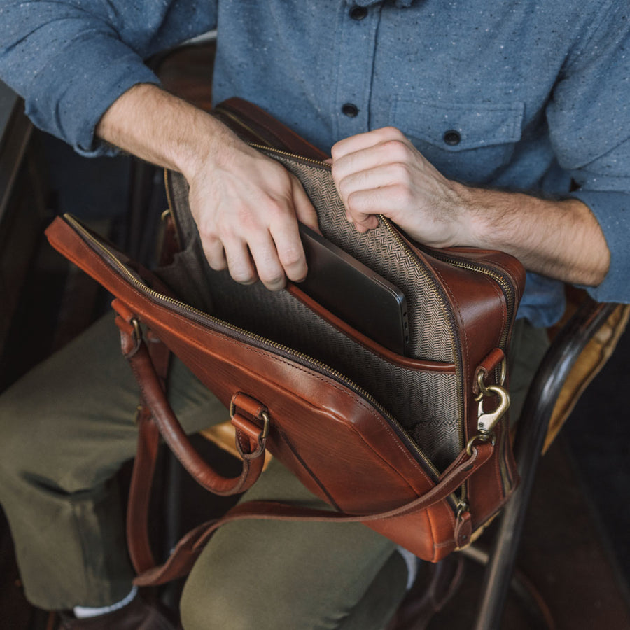 Men's Classic Leather Briefcase | Elderwood turned