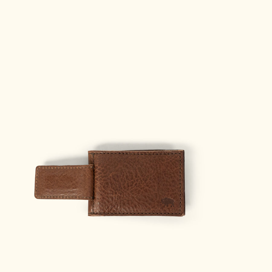 Dakota Leather Magnetic Money Clip Bifold Wallet | Chestnut Brown
