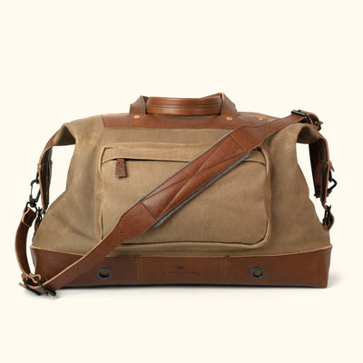 Dakota Waxed Canvas Oversized Weekend Bag | Field Khaki w/ Chestnut Brown Leather