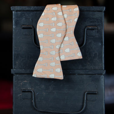 Men's Shovel Bow Tie