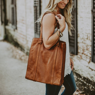 Chelsea Leather Tote | Honey Brown hover