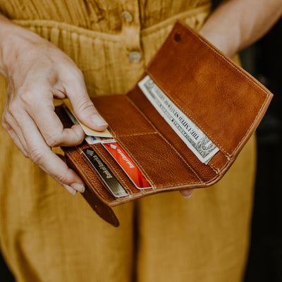 Madison Checkbook Wallet | Saddle Tan