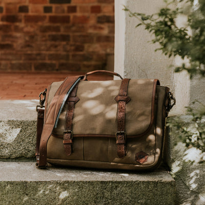 Mens rugged waxed canvas messenger bag field khaki