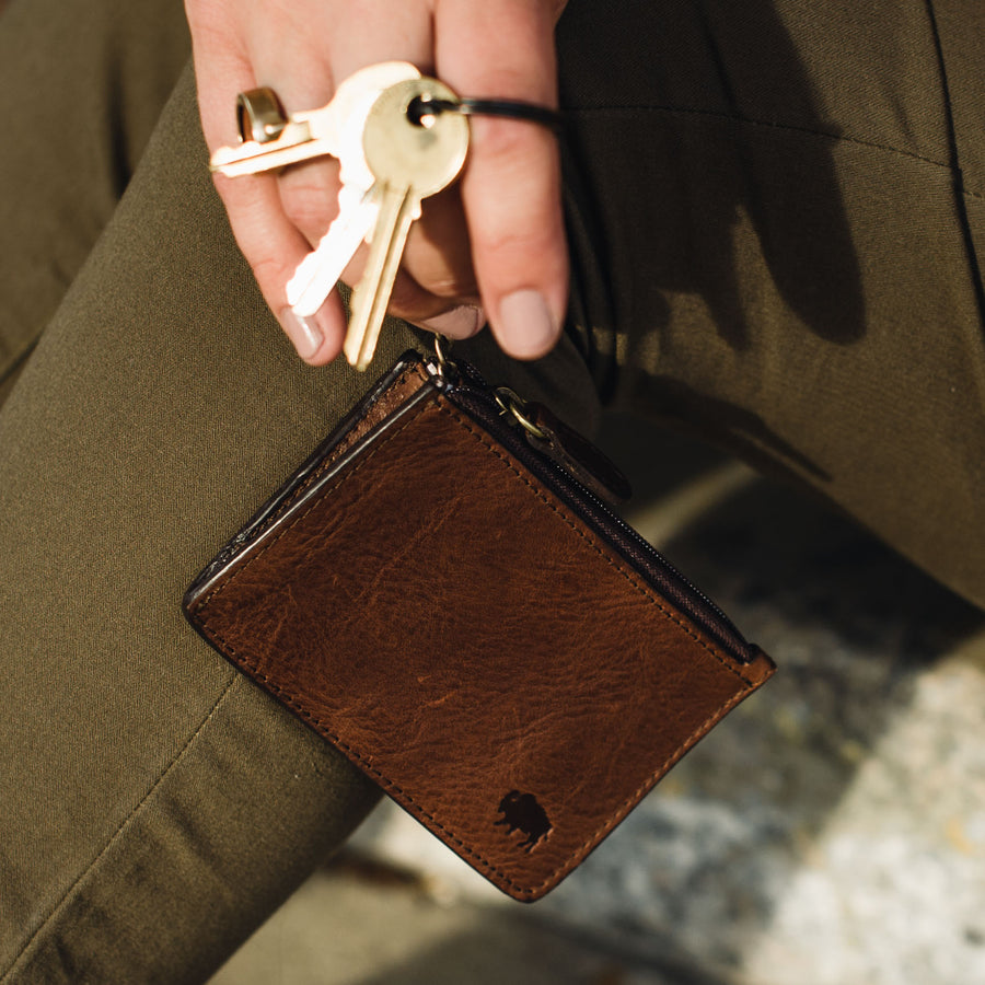 Madison Leather Zipper Pouch Wallet | Dark Hazelnut