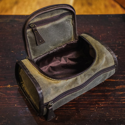 Elkton Waxed Canvas Shaving Kit/Dopp Kit | Moss w/ Dark Briar Leather