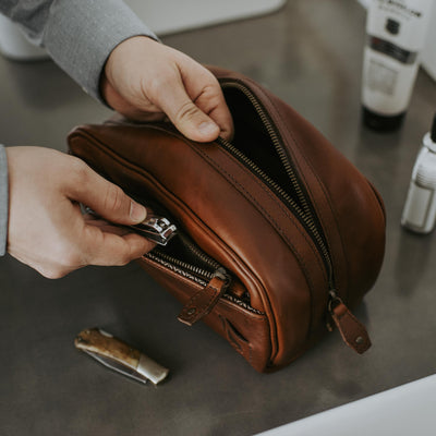 Modern Leather Dopp Kit | Elderwood hover