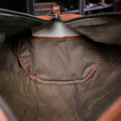 Classic Leather Travel Duffle Bag | Amber interior