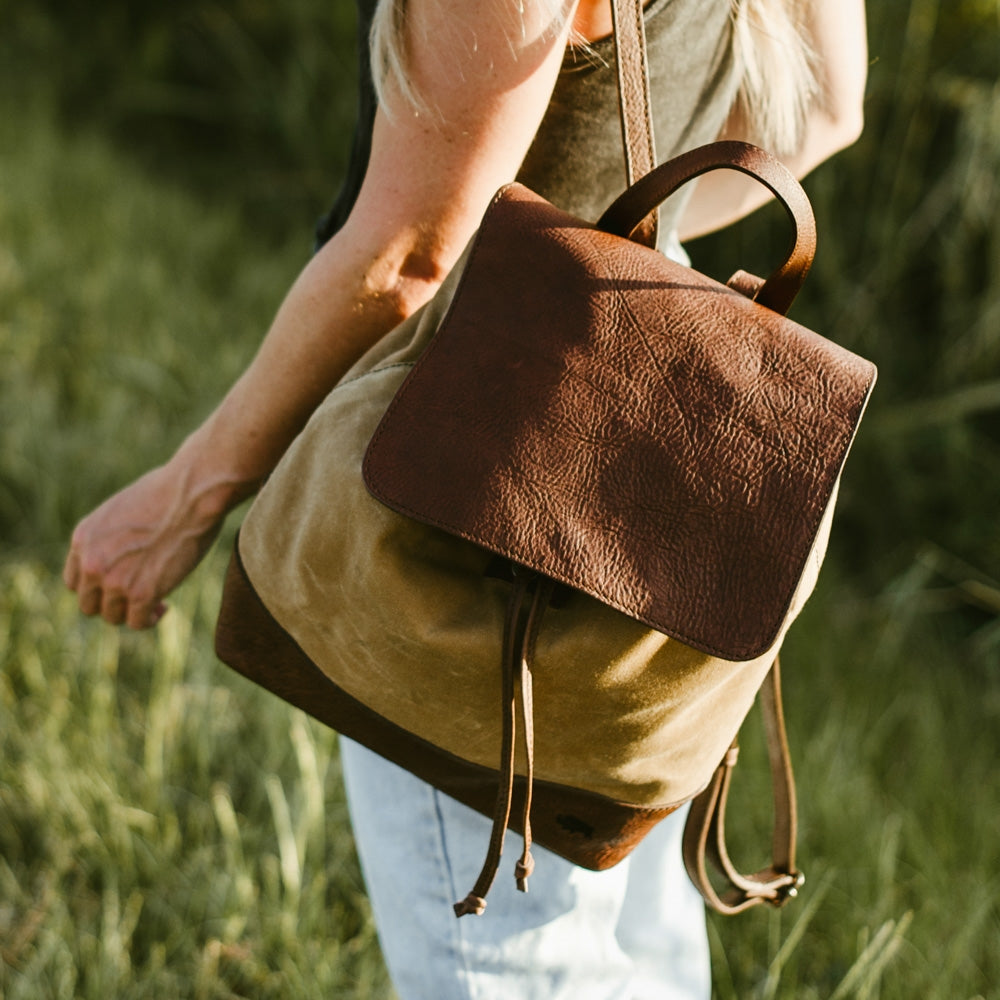 411a9700000 Backpack for Women - Waxed Canvas Bags | Buffalo Jackson