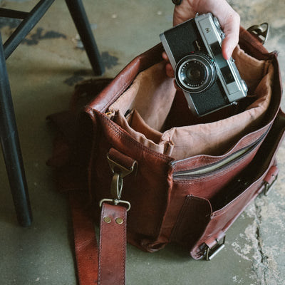 Everett Vintage Leather Camera Bag hover