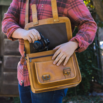 Roosevelt Buffalo Leather Camera Bag | Barley hover