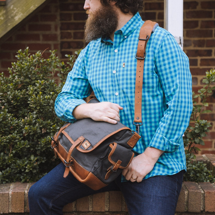 Dakota Waxed Canvas Messenger Bag | Navy Charcoal w/ Saddle Tan Leather