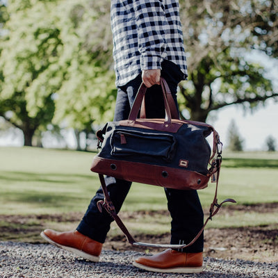 Men's Classic Waxed Canvas Weekend Bag | Navy Charcoal w/ Chestnut Brown Leather
