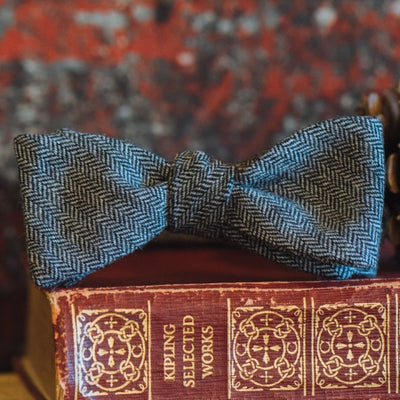 Herringbone Wool Bow Tie | Black