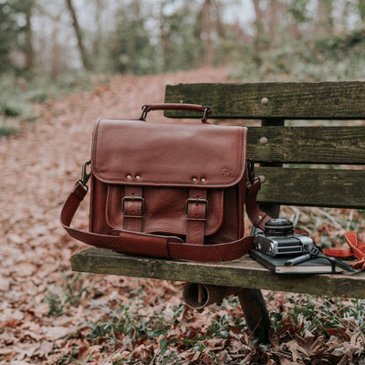 Roosevelt Buffalo Leather Camera Bag | Amber hover