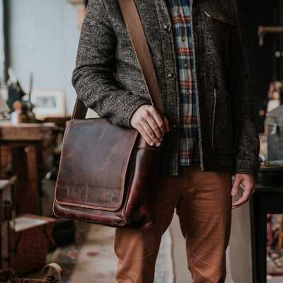 Men's Urban Leather Satchel Messenger Bag | Dark Oak hover