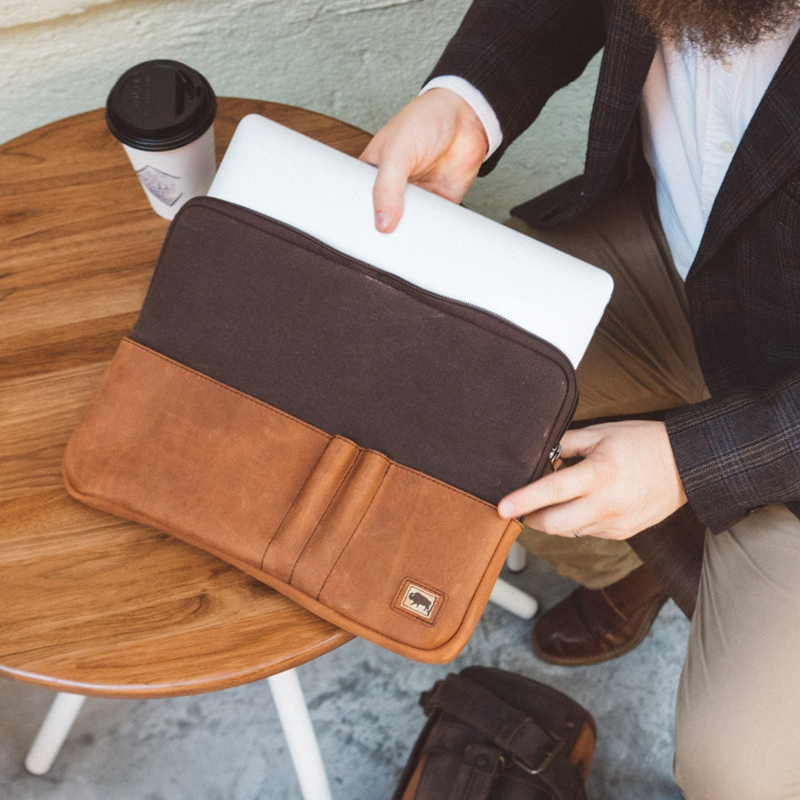 Elkton Waxed Canvas 13 Inch Laptop Case | Brown w/ Sienna Brown Leather