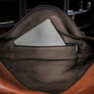 men's travel Leather Duffle Bag | Amber interior