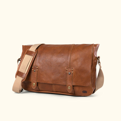Classic leather messenger flap bag in brown