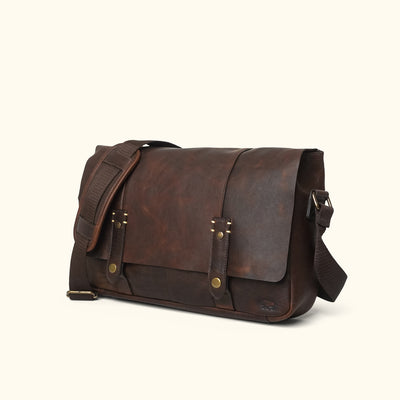 Simple Leather Messenger Bag | Vintage Oak turned