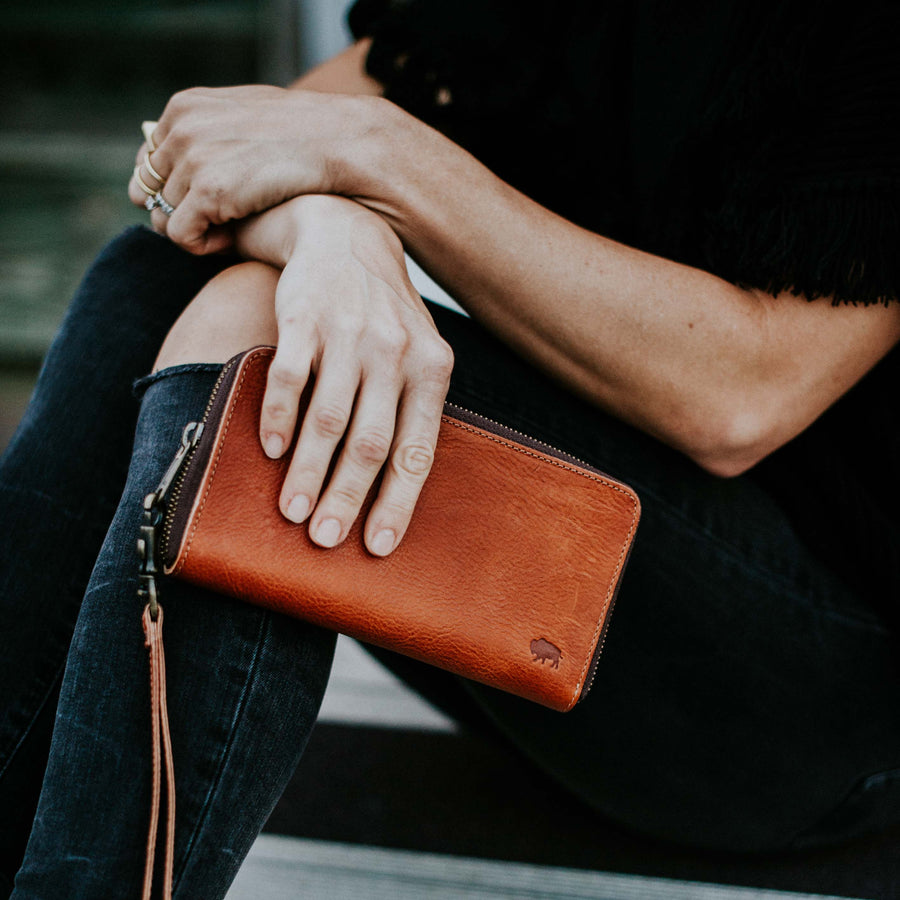 Madison Wristlet Wallet | Saddle Tan