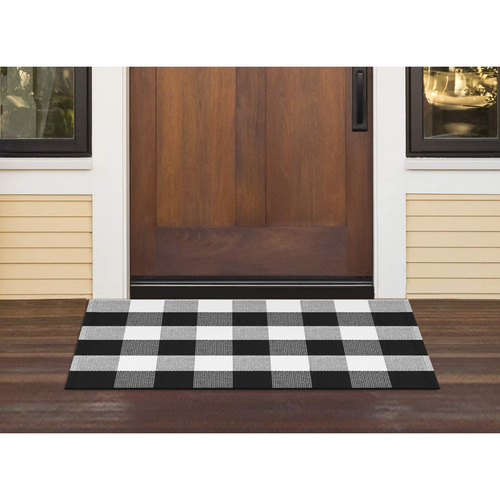 InnoGear Buffalo Area Rugs, Classic Plaid Check Black and White Cotton Polyester Checkered Rug for Welcome Door Mat Kitchen Bathroom Outdoor Porch Living Room (27.6 x 43.3 inches)