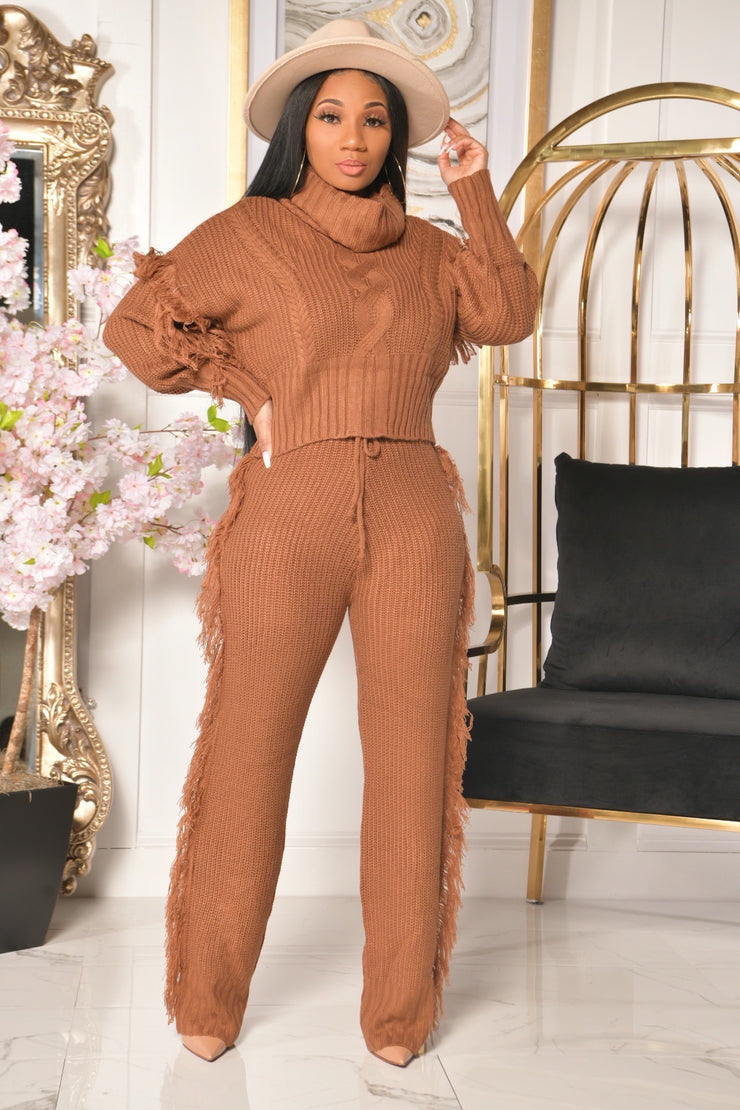 SASSY SWEATER SET (MOCHA BROWN)