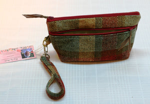 Wristlet Hand Bag Plaid Casual Zippered Closure & Outer Pocket Hand Made in USA - Sheila Antell