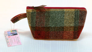 Women's Zippered Pouch Handbag Plaid Upholstry Fabric Foam Interfacing Handmade - Sheila Antell