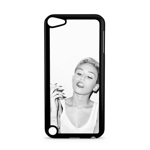 Miley Cyrus Smoking iPod Touch 5 case