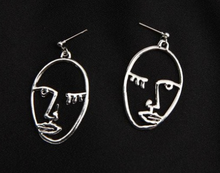 Flirty Face Earrings Silver