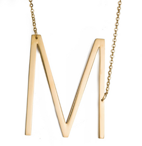 Initial letter necklace gold M