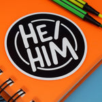 HE/HIM CIRCLE STICKER - PACK OF 3 - Extreme Largeness Wholesale