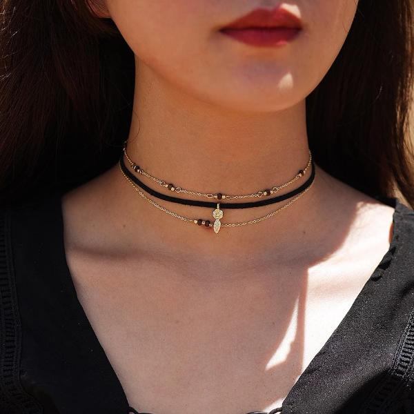 Delicate Rose Choker Set