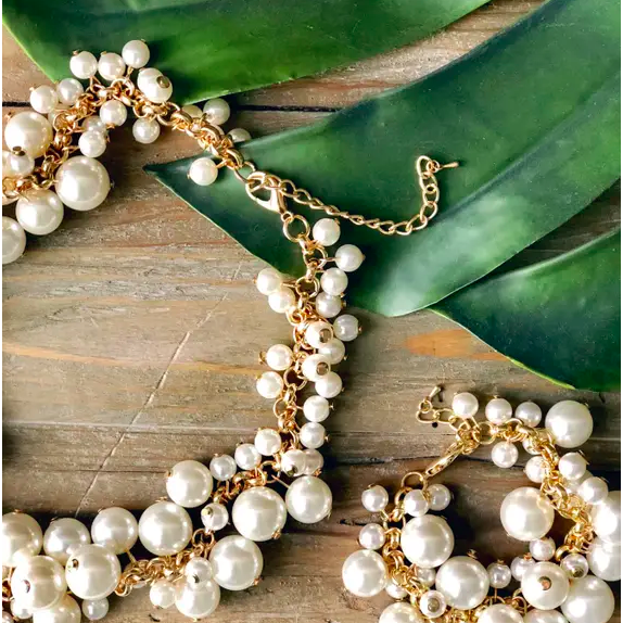 Molly Pearl Bauble Necklace - The Boho Sophisticate