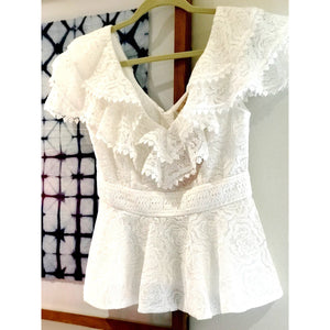 Romantic Women's white lace top with v neck and buttons