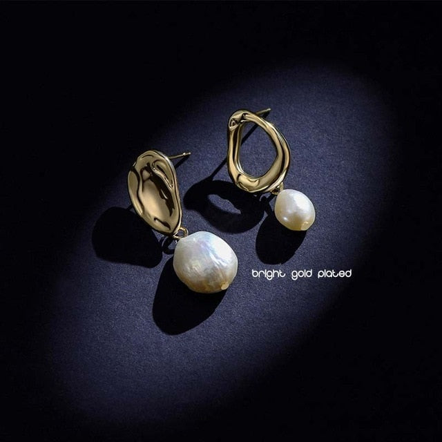 Antique Pearl Earrings (Shining & Matte gold plated)